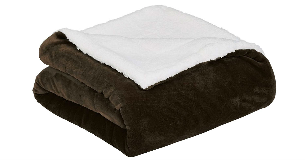 AmazonBasics Sherpa Blanket on Amazon