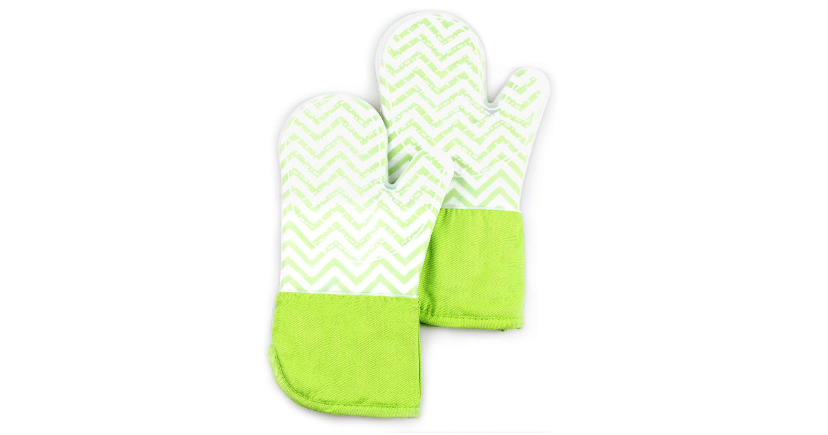 Silicone Oven Mitts ONLY $7.81 (Reg. $23)