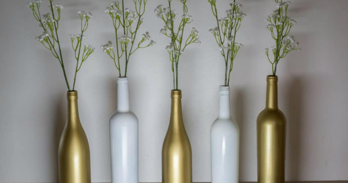 FREE Download: 25 Cool Things to Do with Old Wine Bottles