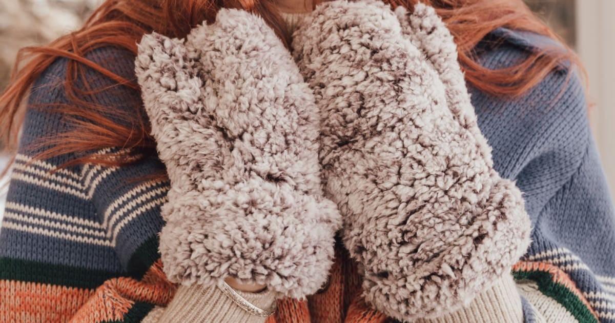 MUK LUKS Women's Mittens ONLY $12.99 (Reg. $30)