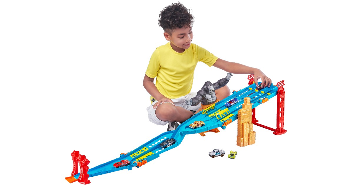 Kids Track Set with 5 Bonus Ca...